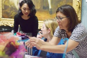 Astri teaching fascinator making at The National Gallery.
